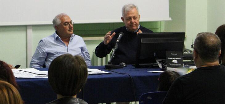 """Una conversazione su """"L'incanto di Urania"""" prof Massimo Capaccioli 11 Dic 2020"""